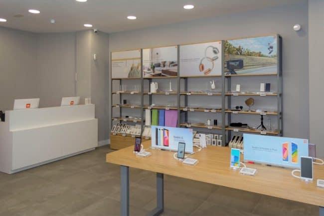 Tienda Mi Store Exclusiva Almería Centro